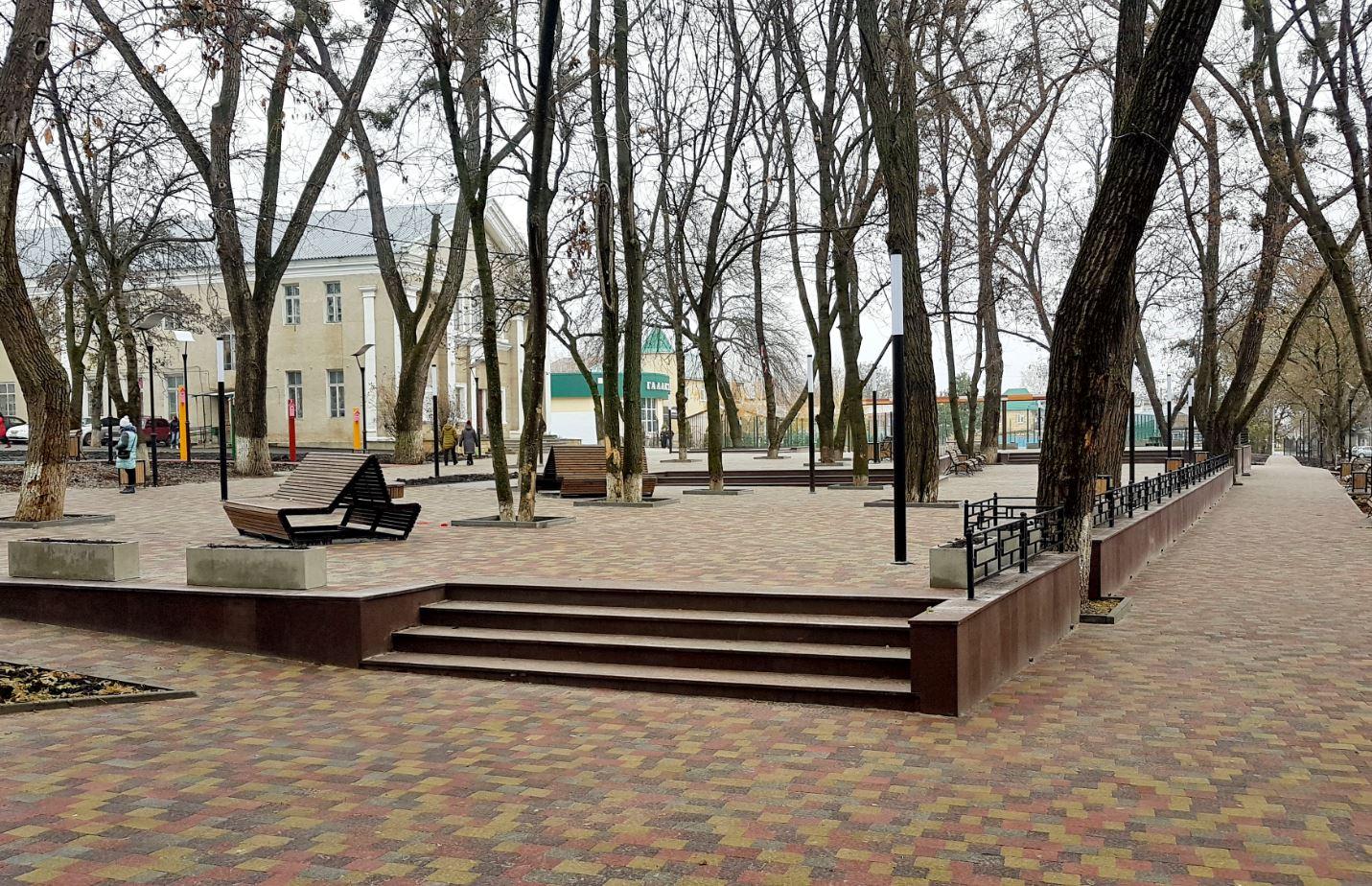 Центральный дом культуры Михайловск. Парк